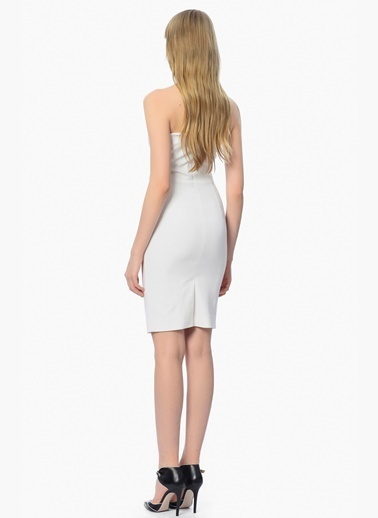 Que Straplez Dar Kısa Elbise Beyaz